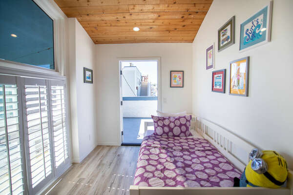 Loft Space with Twin Bed + Trundle - Third Floor