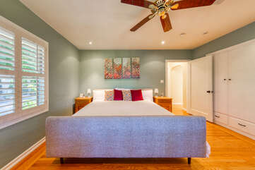 King bed, sumptuous bedding, plenty of closet space