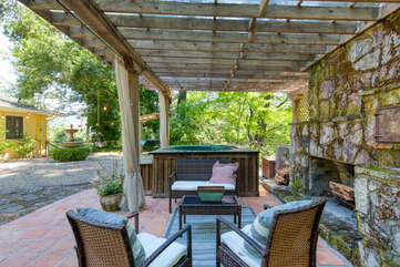 Outdoor living area within easy access of the house
