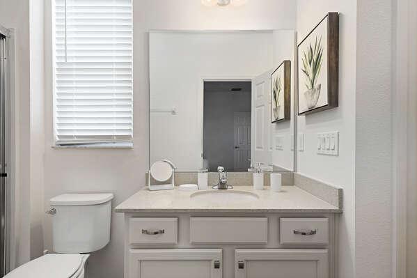 Nice amount of vanity space