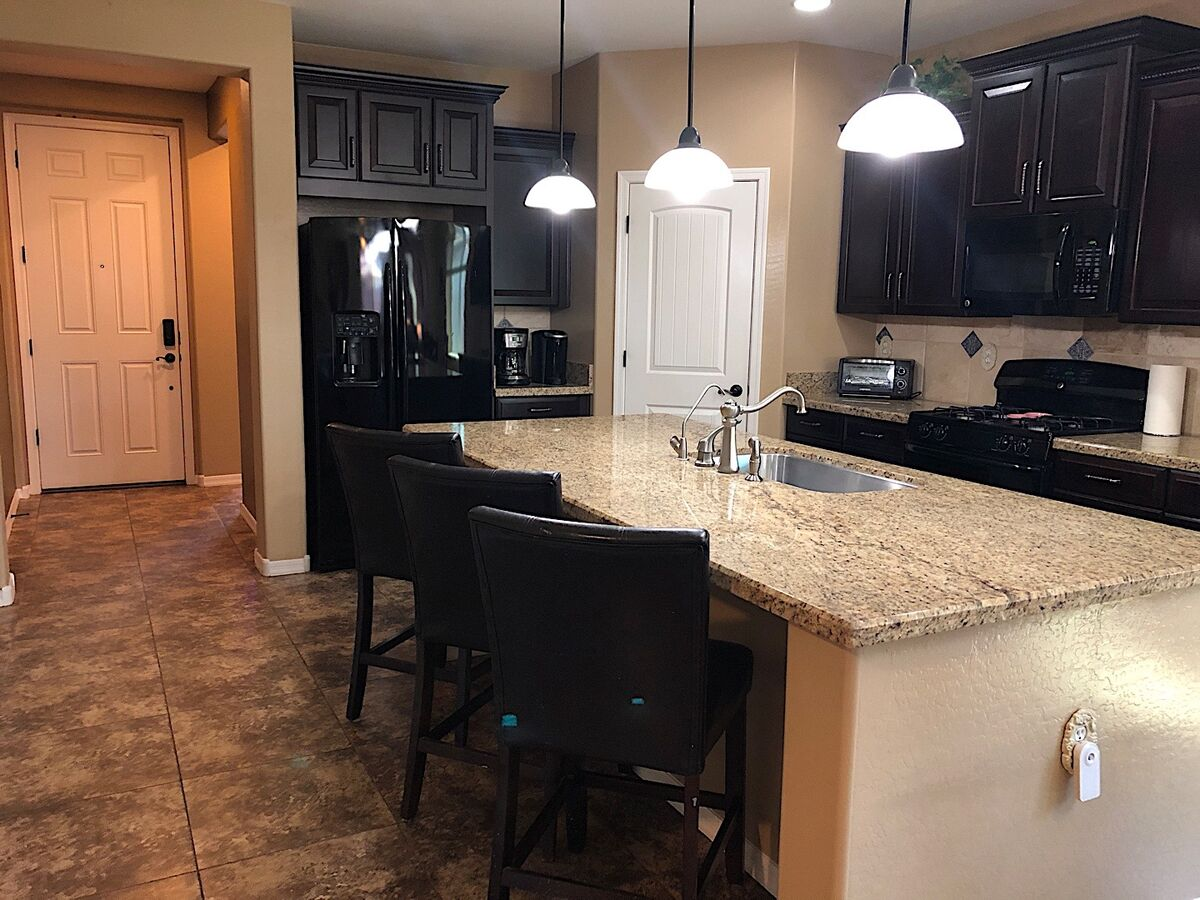 Huge kitchen island great for food prep