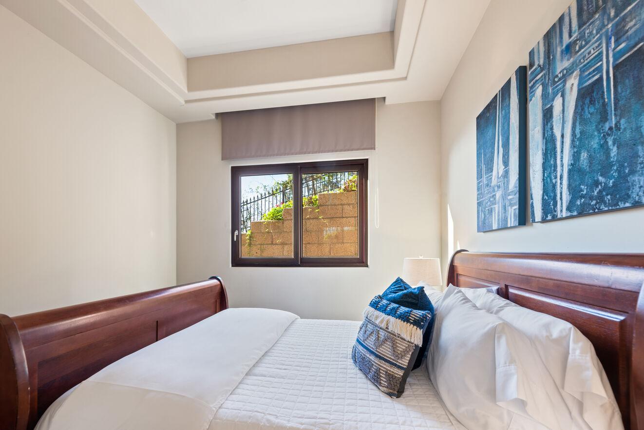 Bedroom 2 - Mid level bedroom