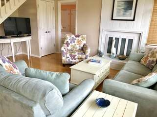 Nice seating area in Living Room