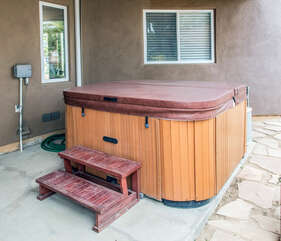 Hot tub on site!