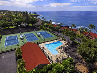Overview of the Keauhou Surf & Racquet