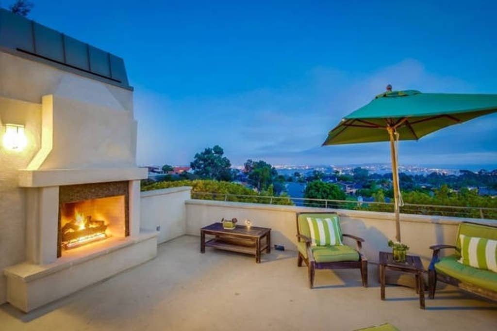 Roof top deck with fireplace for a relaxing evening