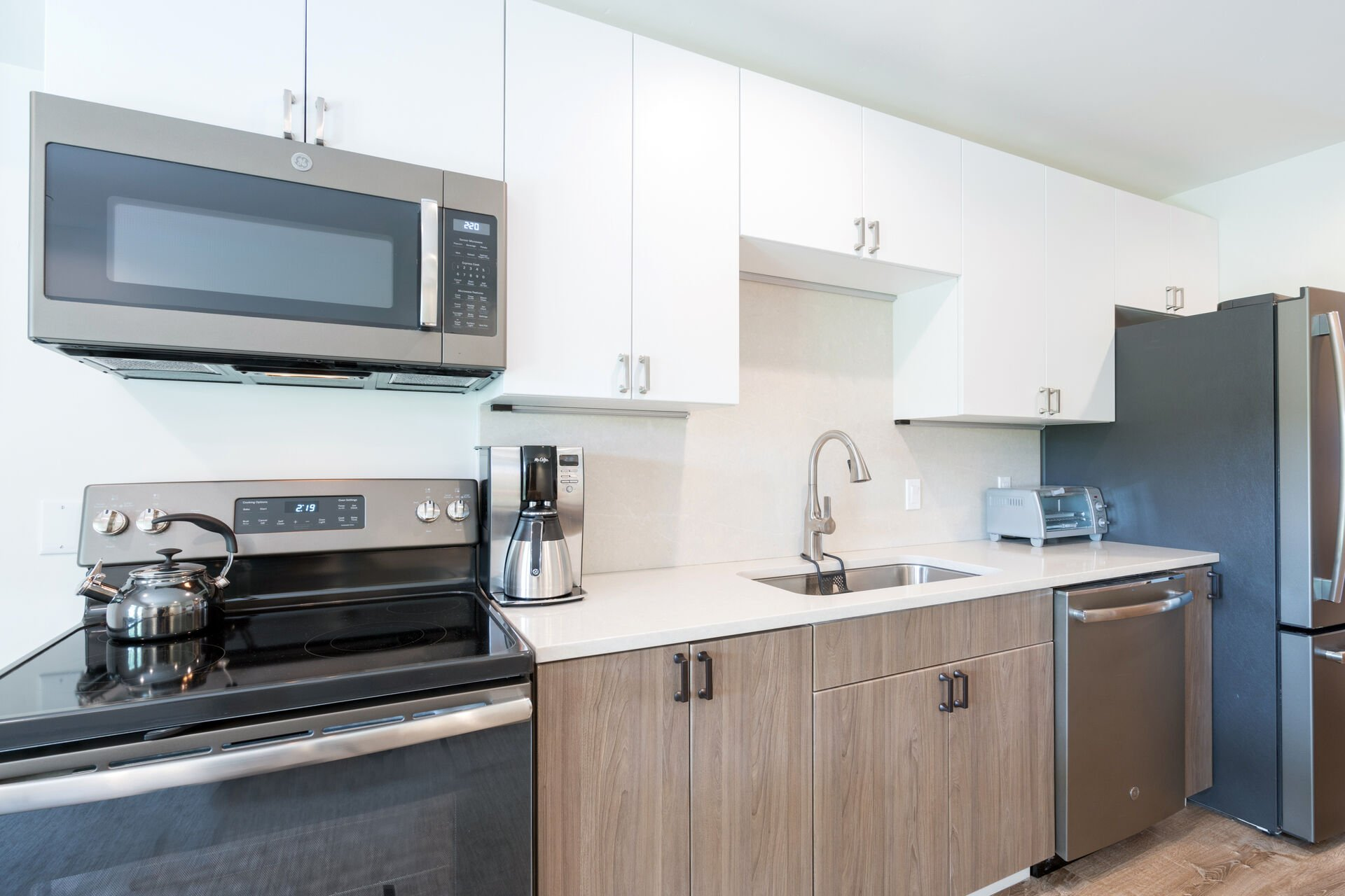 Fully equipped kitchen in our Telluride studio rental