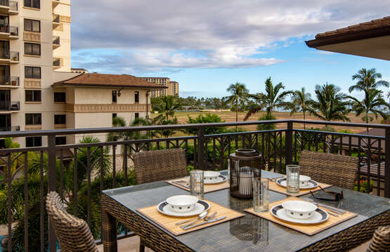 Table on this oahu condo rental 's  outdoor lanai