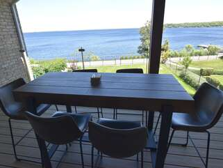 Outdoor dining table Georgian Bay