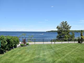 Lake view with backyard Georgian Bay