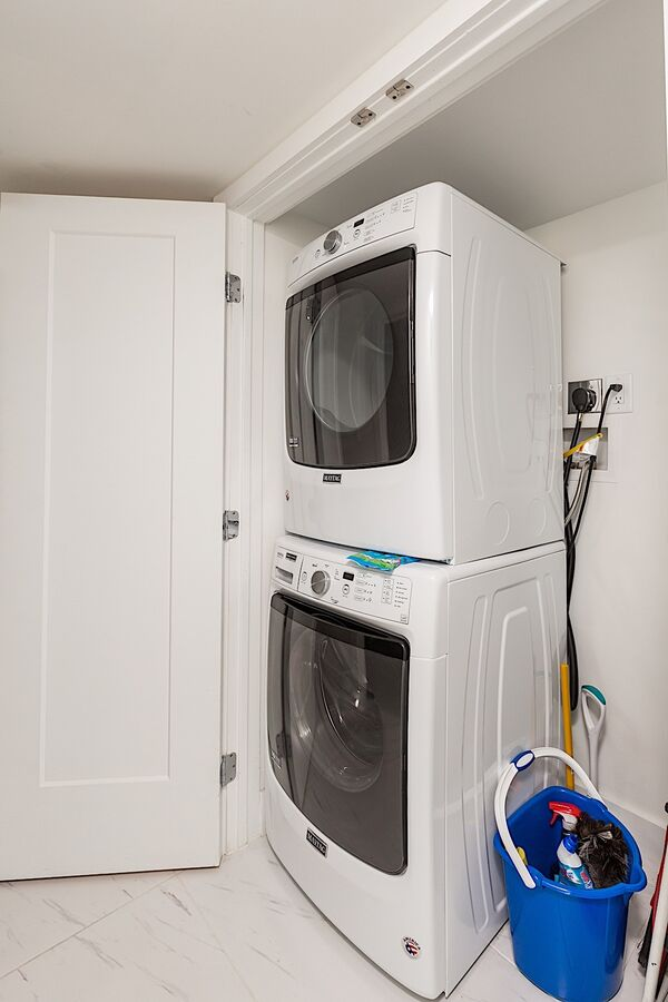 Inside laundry - full size washer and dryer