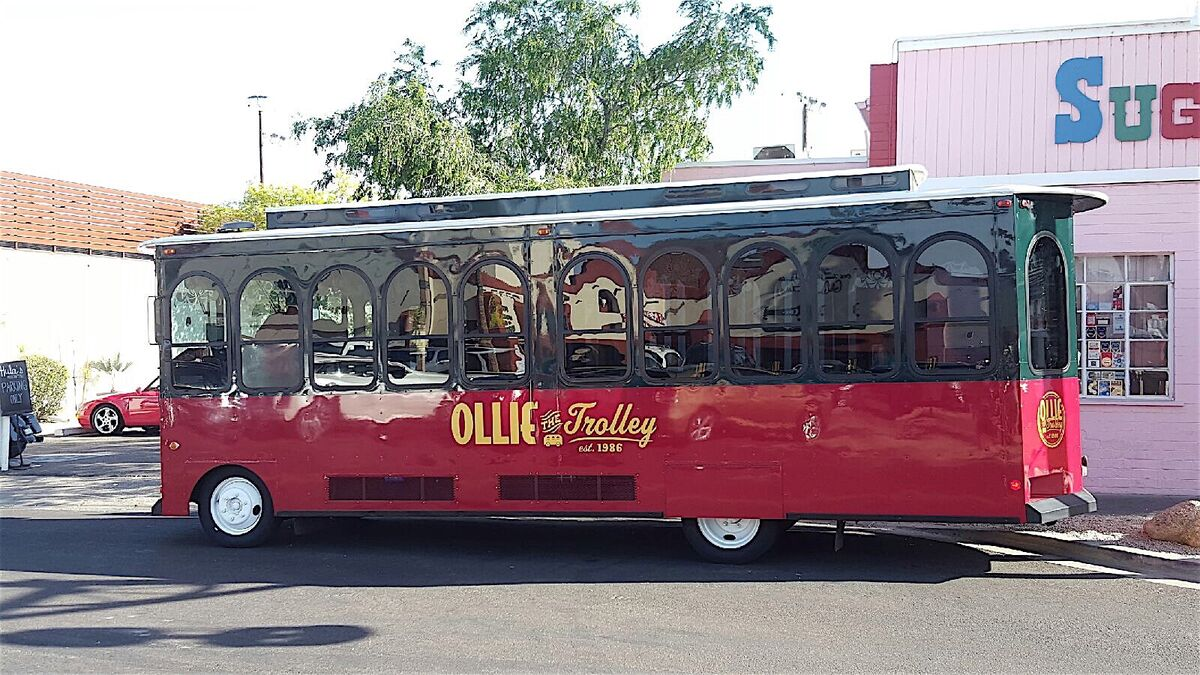 Free trolley will take you all through Old Town Scottsdale
