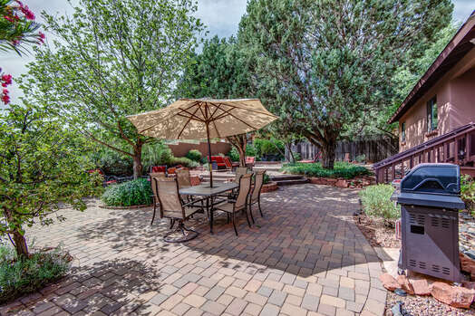 BBQ and More Outdoor Dining