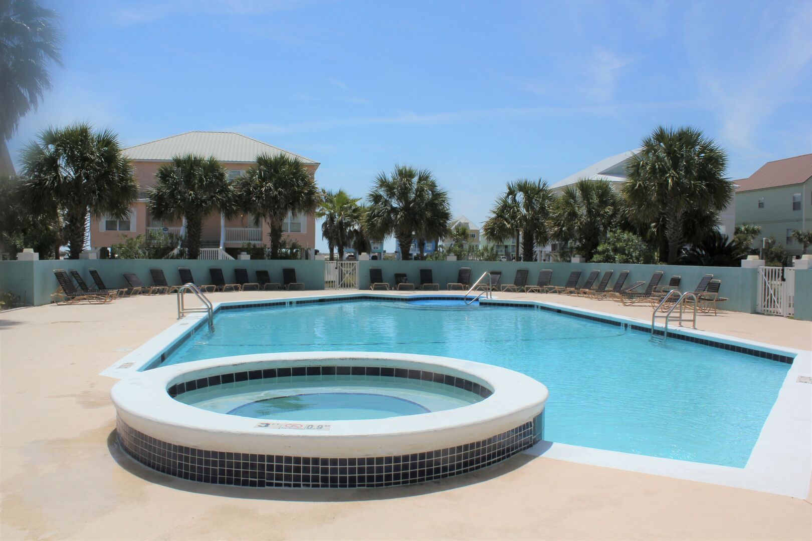 Guests Have Access to a Community Pool and Hot Tub.