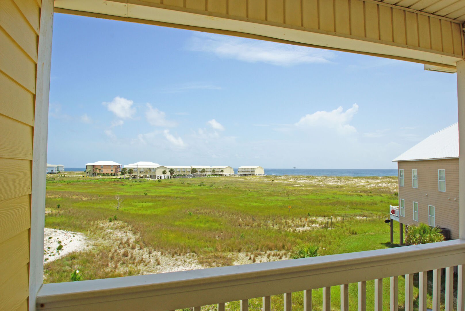Enjoy Stunning Views From Vacation Home in Gulf Shores.