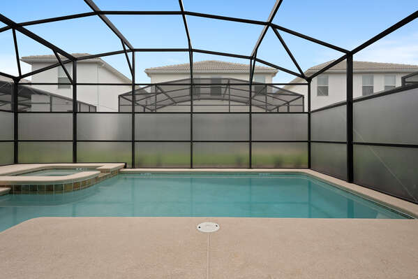 The large pool is great for those days when you want to relax and stay at home