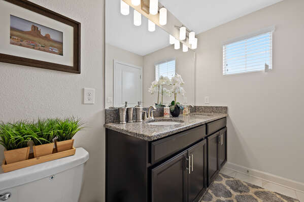 Dual vanity great for getting ready at