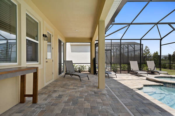 Take in the Florida sunshine on the sun loungers