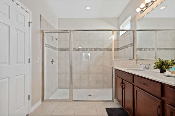 The large ensuite has a walk-in shower