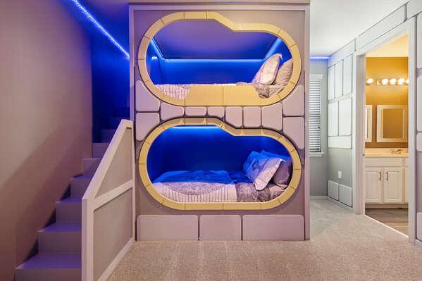 A second kids bedroom