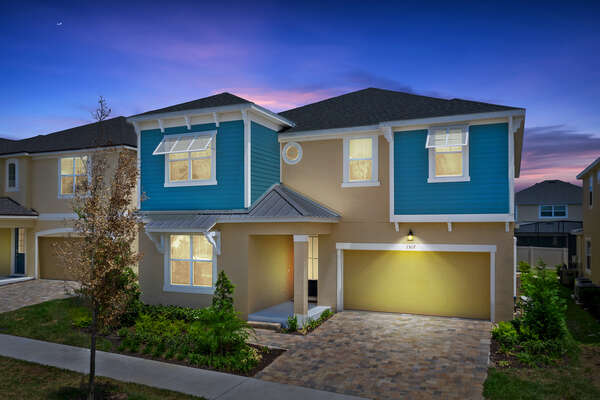 Welcome to Florida Shores, a Must See home in Solara Resort |PHOTOS TAKEN: June 2019