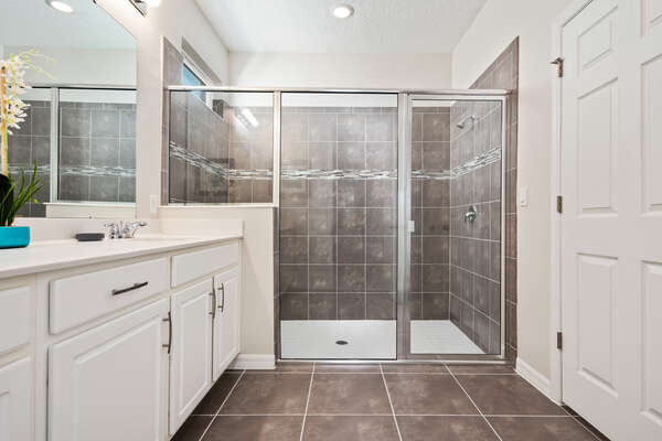 Large walk-in shower and vanity