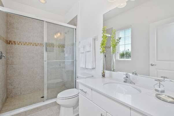Walk-in shower in the ensuite