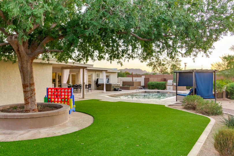 Picture of the Backyard Garden with Pool