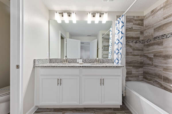 The ensuite has greta lighting for getting ready