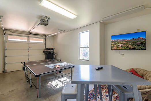 Game Room with Smart TV, Ping Pong Table and Seating