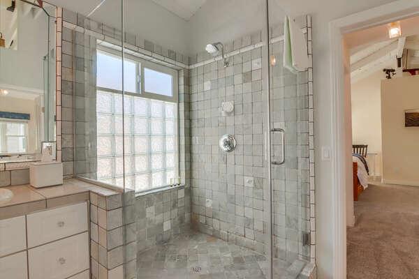 Jack-and-Jill Full Bathroom - Second Floor