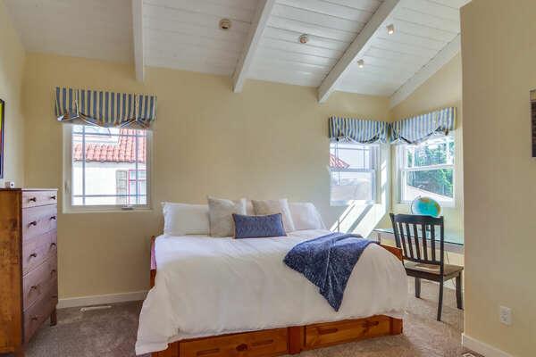 Guest Bedroom, Full + Twin Trundle - Second Floor