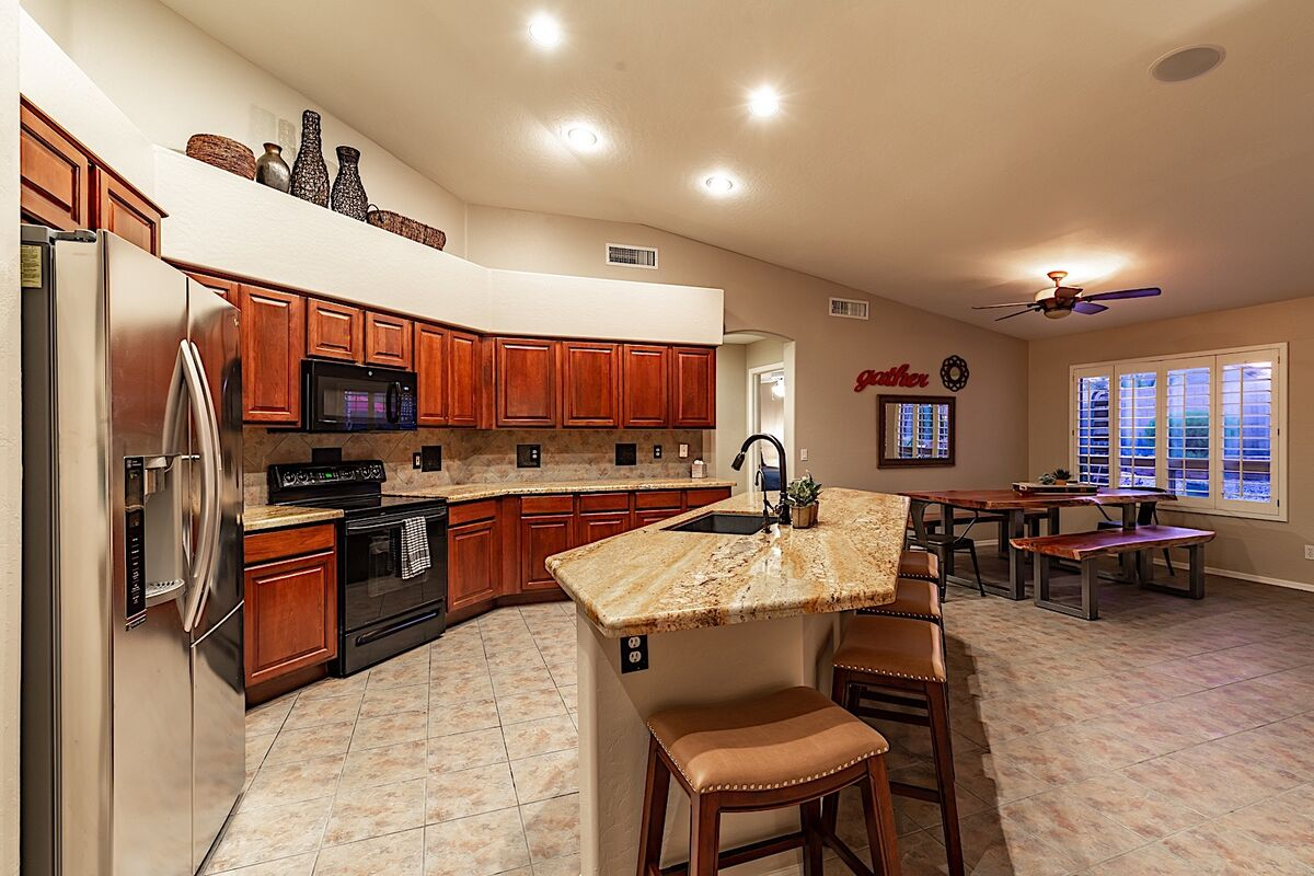 Breakfast bar with barstools for a quick snack