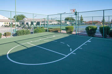 Hoop action is yet another choice for guests who enjoy an active lifestyle on the courts.