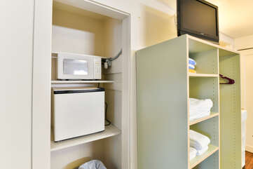 Kitchenette with a TV