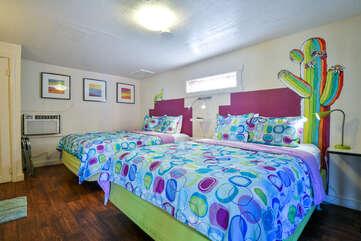 Sleeping arrangement with two queen beds