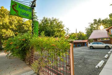 Entrance to Kokopelli Lodge