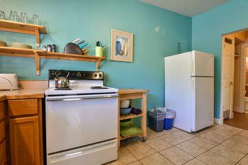 Kitchen and Fridge at Kokopelli Inn Towner #4