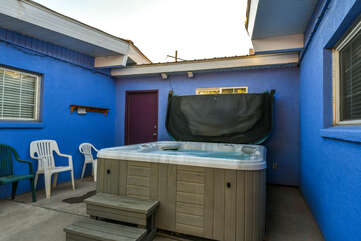 Shared hot tub and seating