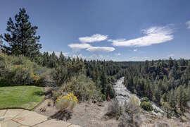 Deschutes River Canyon ViewsCanyon views