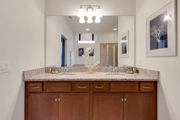 Get ready in the morning at the large dual vanity