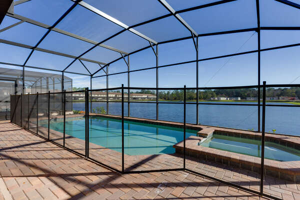 Put your mind at ease with a safety pool fence