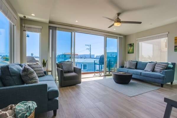Living Room and Deck of this San Diego Vacation Rental Home.