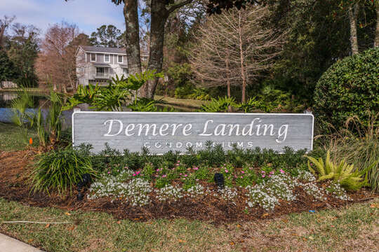 Sign in the Entrance of the Demere Landing Condominiums.