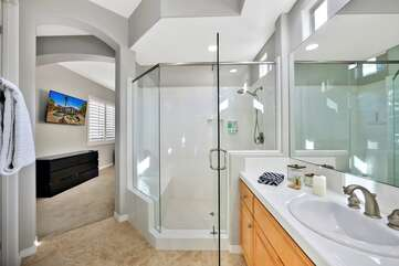 Master bedroom suite 2 bathroom . Full bath