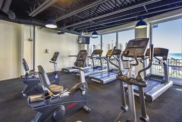 Fitness room overlooking the Gulf