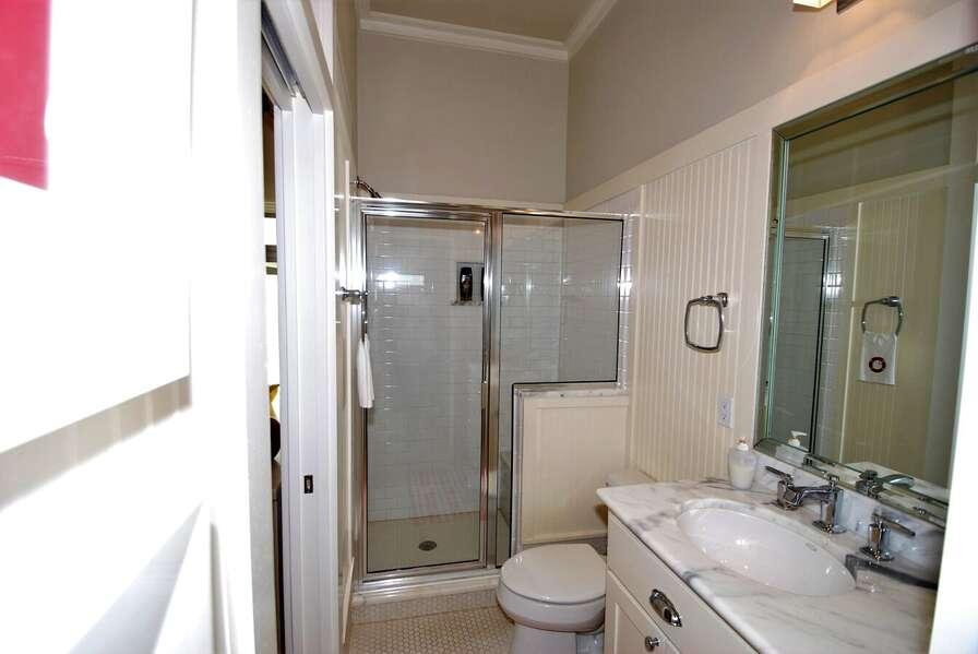 Third bedroom bath