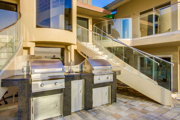Guests Have Access to Common Area BBQ Grills.