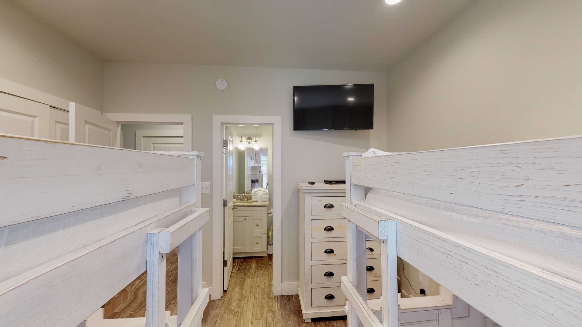 Bedroom 4 has 2 sets of bunks to sleep 6 (full set and twin set)