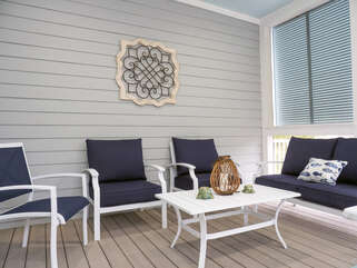 Nice conversation area on screened porch